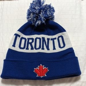 Accessories - Toronto winter hat